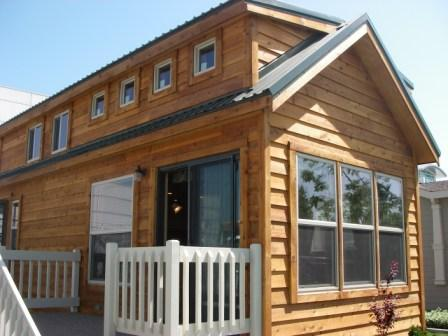 Small Mobile Homes - dimensions, information, get the log cabin look
