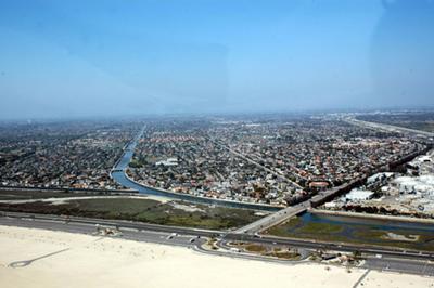 Brookhurst & Pacific Coast Hwy in Huntington Beach CA photo D Ramey Logan